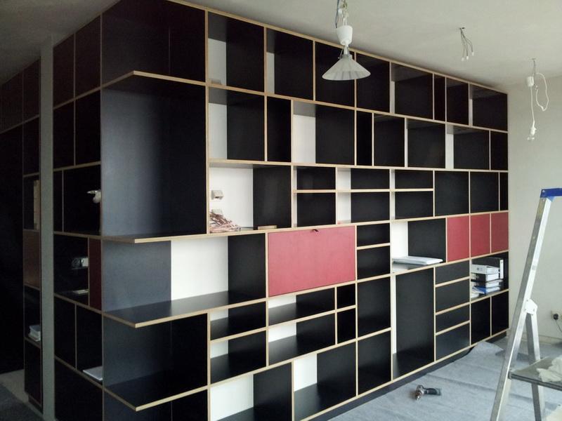Wohnzimmer Regalwand Schwarz/Rot